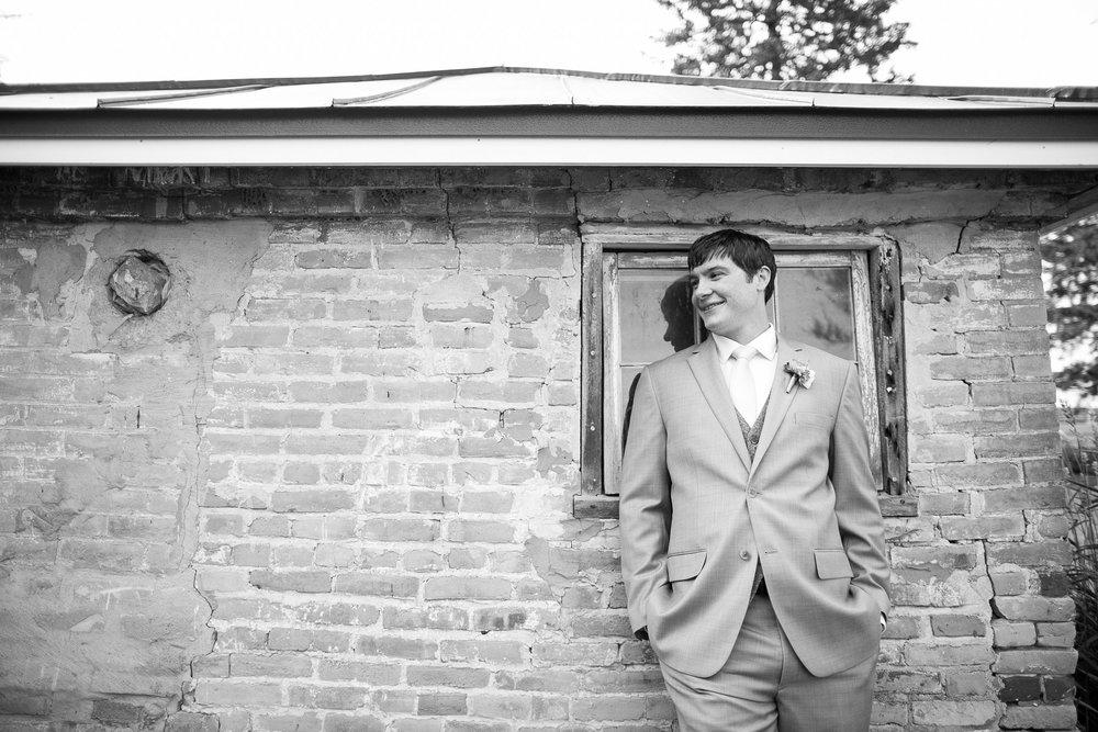 Sugarland-Wisconsin-barn-summer-wedding_060.jpg