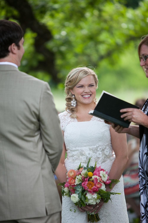 Sugarland-Wisconsin-barn-summer-wedding_079.jpg