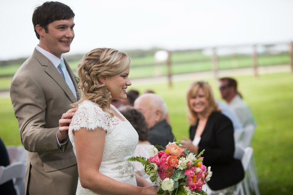 Sugarland-Wisconsin-barn-summer-wedding_085.jpg