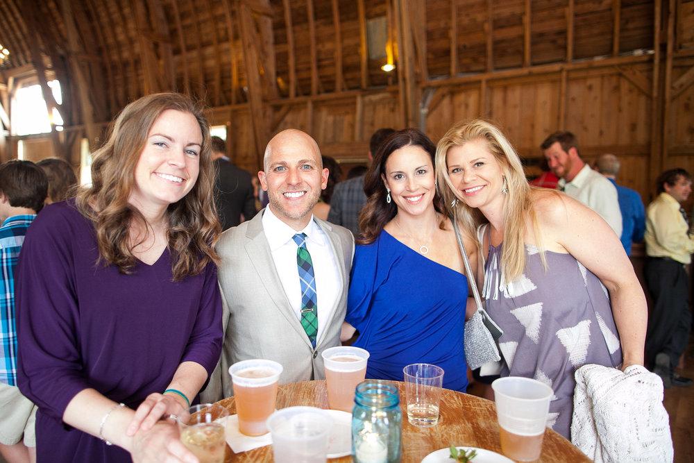 Sugarland-Wisconsin-barn-summer-wedding_112.jpg