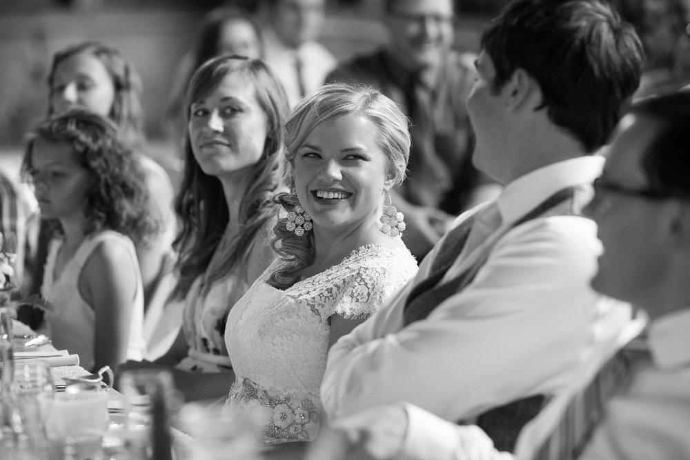 Sugarland-Wisconsin-barn-summer-wedding_122.jpg