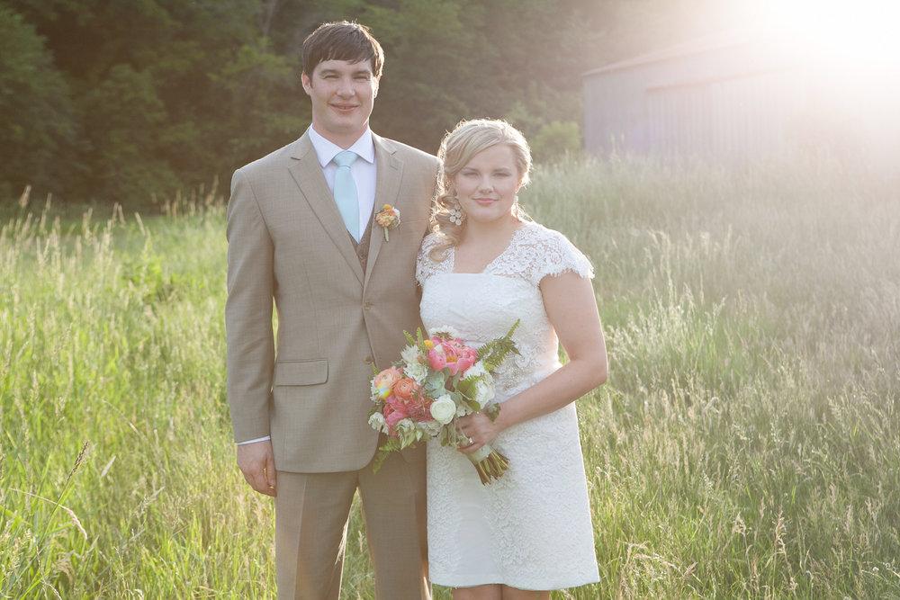 Sugarland-Wisconsin-barn-summer-wedding_126.jpg