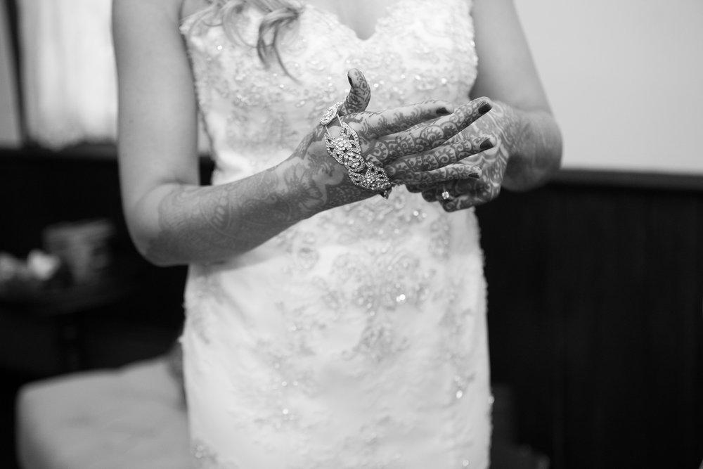 Dekoven-Center-Wisconsin-Indian-Fusion-Wedding_059.jpg