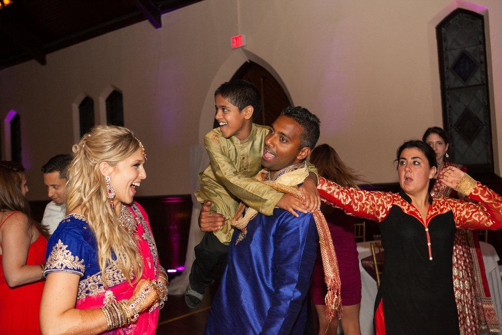 Dekoven-Center-Wisconsin-Indian-Fusion-Wedding_200.jpg