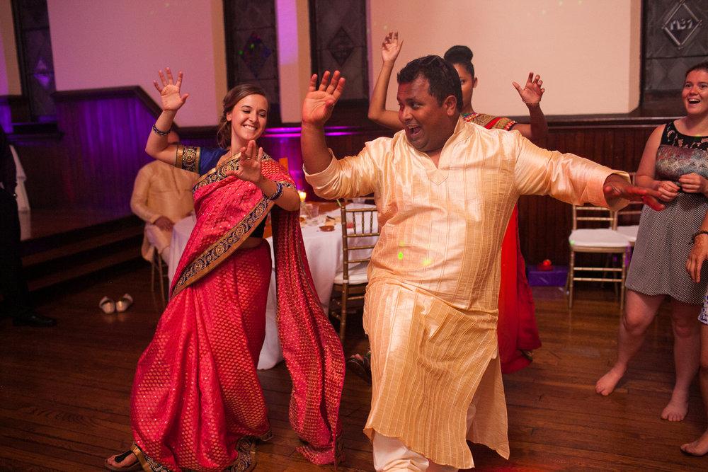 Dekoven-Center-Wisconsin-Indian-Fusion-Wedding_203.jpg