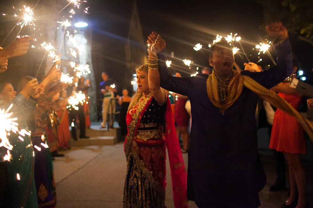 Dekoven-Center-Wisconsin-Indian-Fusion-Wedding_207.jpg