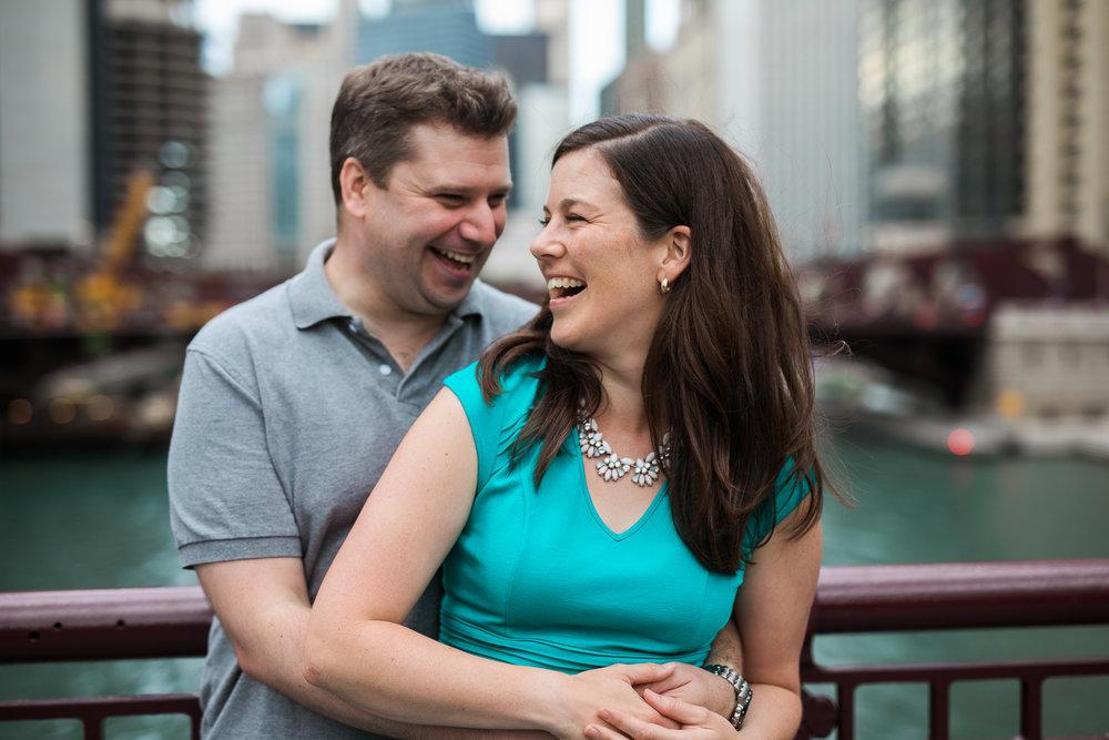 Downtown-Chicago-Engagement-Session-Jen-Dederich_011.jpg