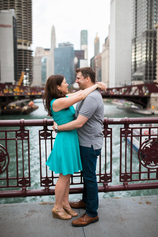 Downtown-Chicago-Engagement-Session-Jen-Dederich_014.jpg