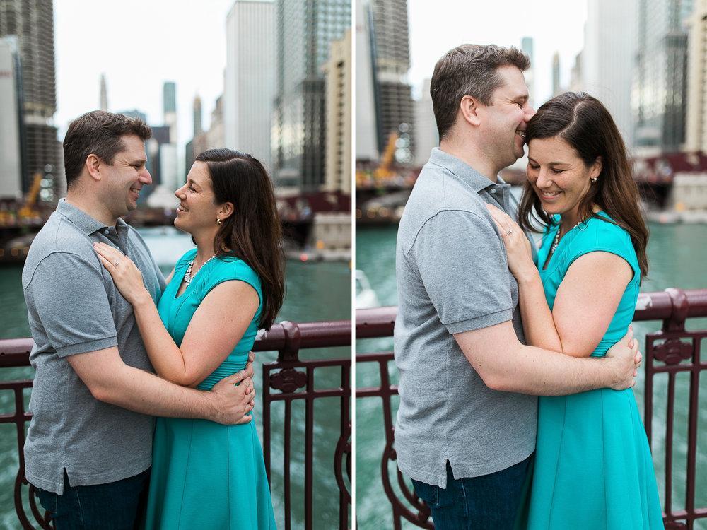 Downtown-Chicago-Engagement-Session-Jen-Dederich_013.jpg