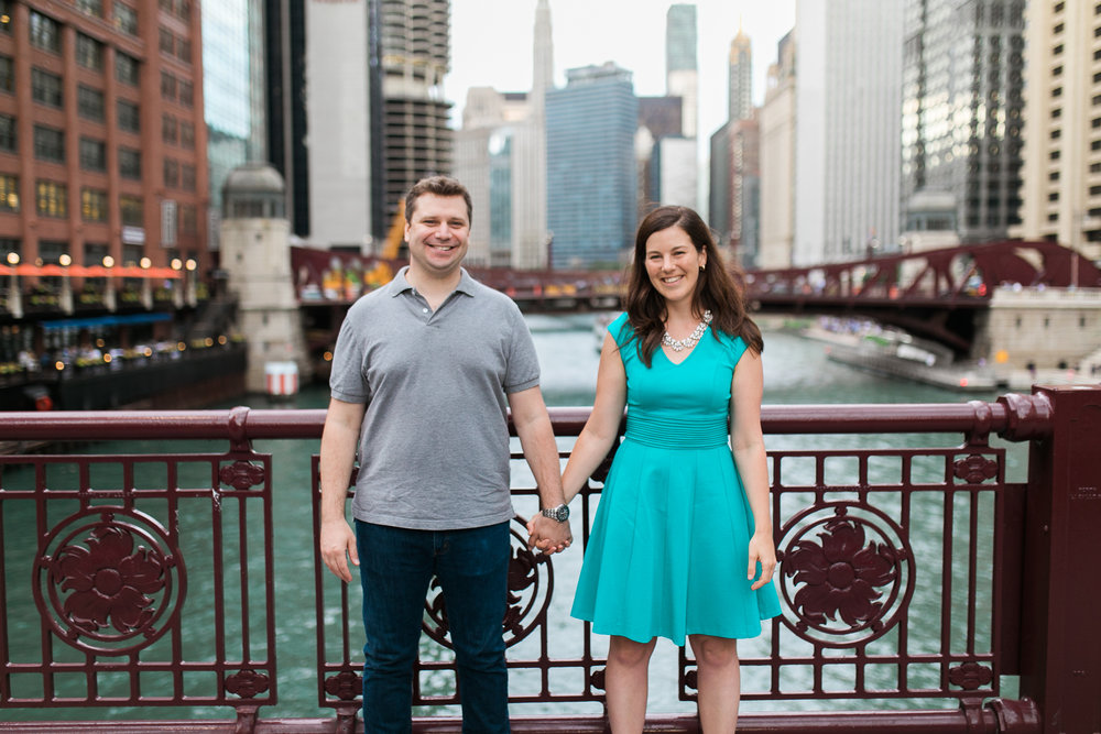 Downtown-Chicago-Engagement-Session-Jen-Dederich_019.jpg