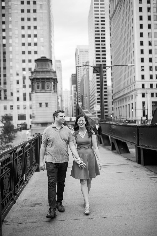 Downtown-Chicago-Engagement-Session-Jen-Dederich_023.jpg