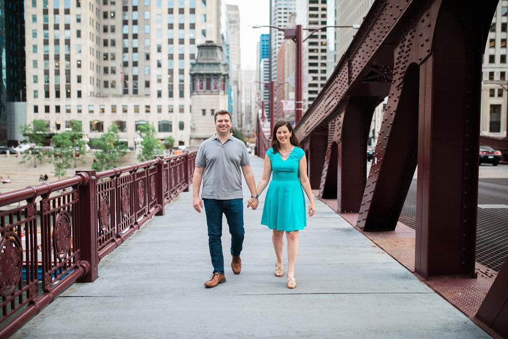 Downtown-Chicago-Engagement-Session-Jen-Dederich_032.jpg