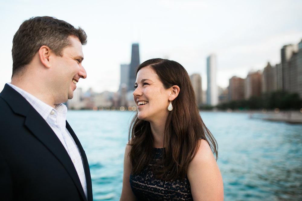 Downtown-Chicago-Engagement-Session-Jen-Dederich_034.jpg