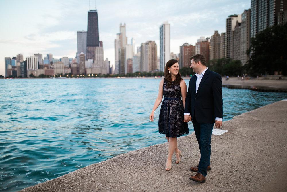 Downtown-Chicago-Engagement-Session-Jen-Dederich_044.jpg