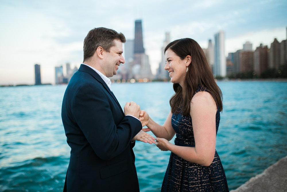 Downtown-Chicago-Engagement-Session-Jen-Dederich_047.jpg