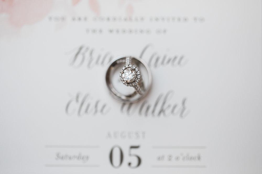 Elegant-Barn-Wedding-Rustic-Manor-1848-Wisconsin_009.jpg