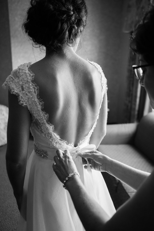 Elegant-Barn-Wedding-Rustic-Manor-1848-Wisconsin_034.jpg