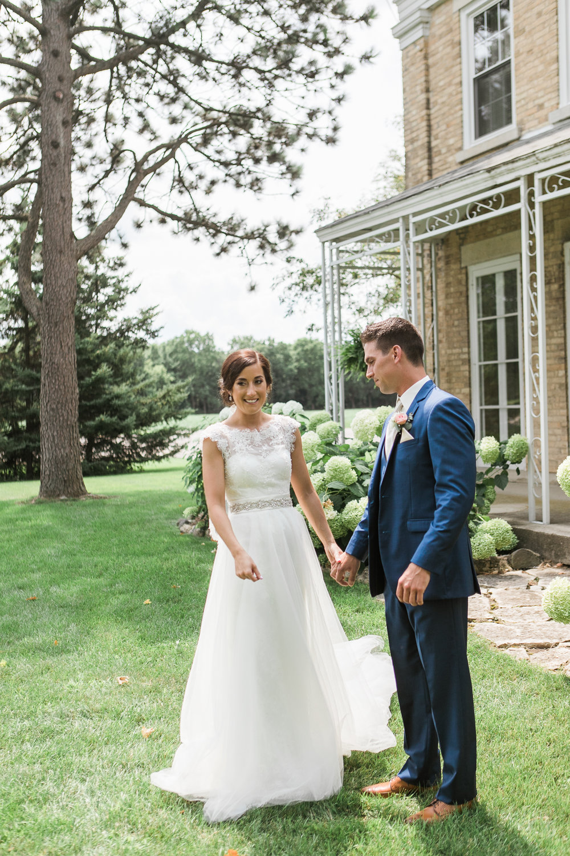 Elegant-Barn-Wedding-Rustic-Manor-1848-Wisconsin_063.jpg