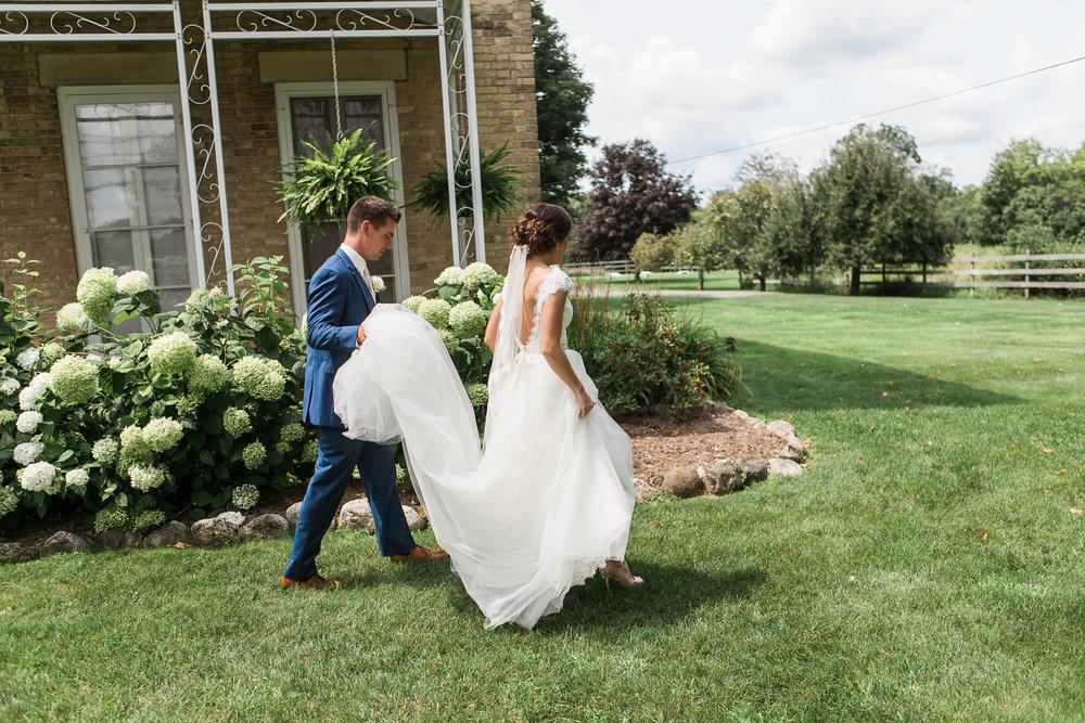 Elegant-Barn-Wedding-Rustic-Manor-1848-Wisconsin_066.jpg