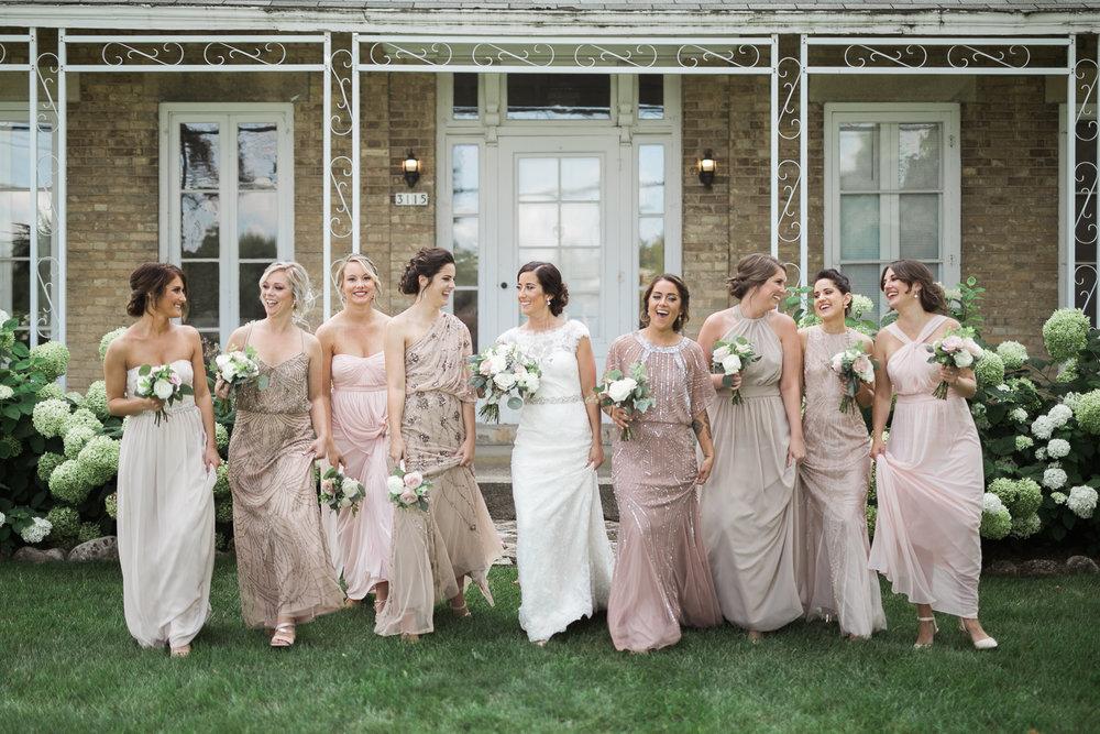 Elegant-Barn-Wedding-Rustic-Manor-1848-Wisconsin_124.jpg