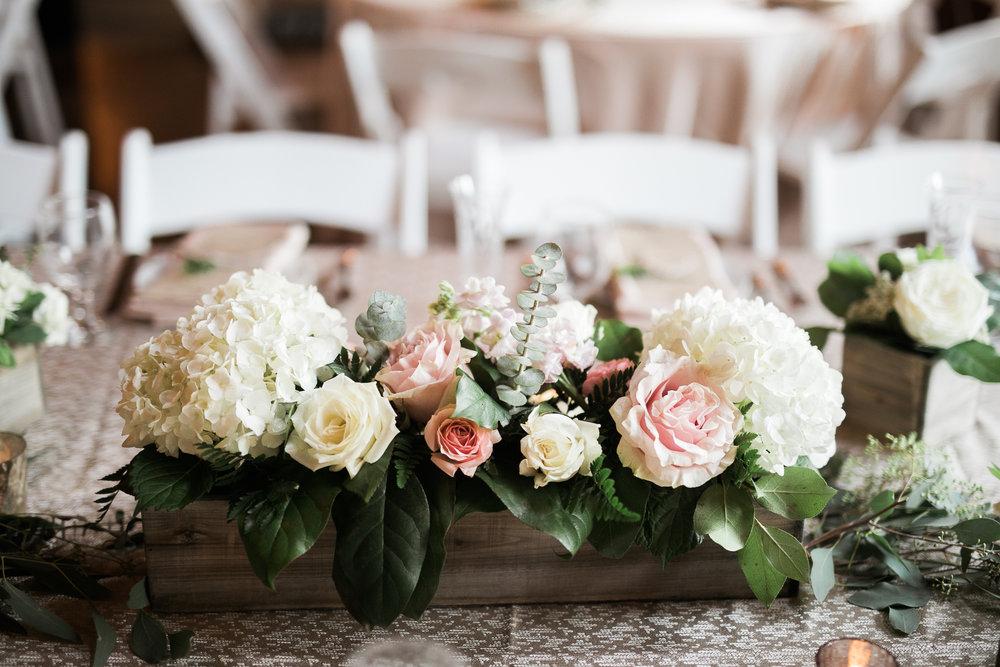 Elegant-Barn-Wedding-Rustic-Manor-1848-Wisconsin_148.jpg