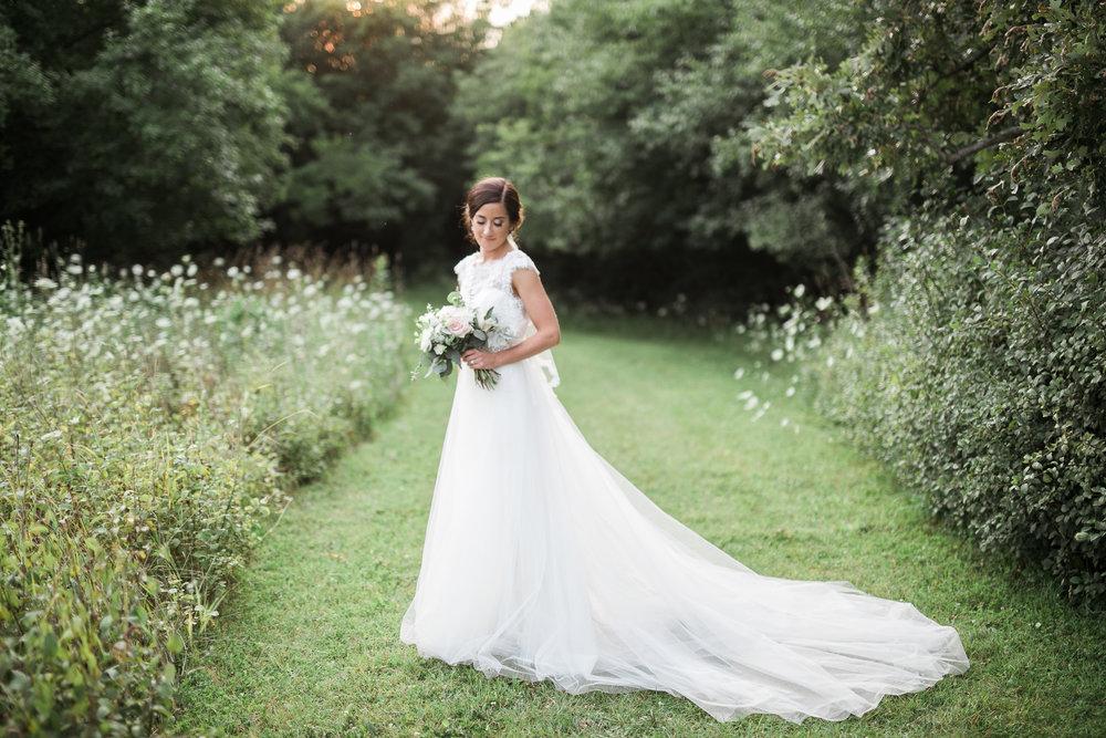 Elegant-Barn-Wedding-Rustic-Manor-1848-Wisconsin_182.jpg