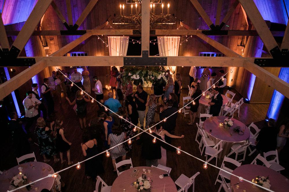 Elegant-Barn-Wedding-Rustic-Manor-1848-Wisconsin_213.jpg