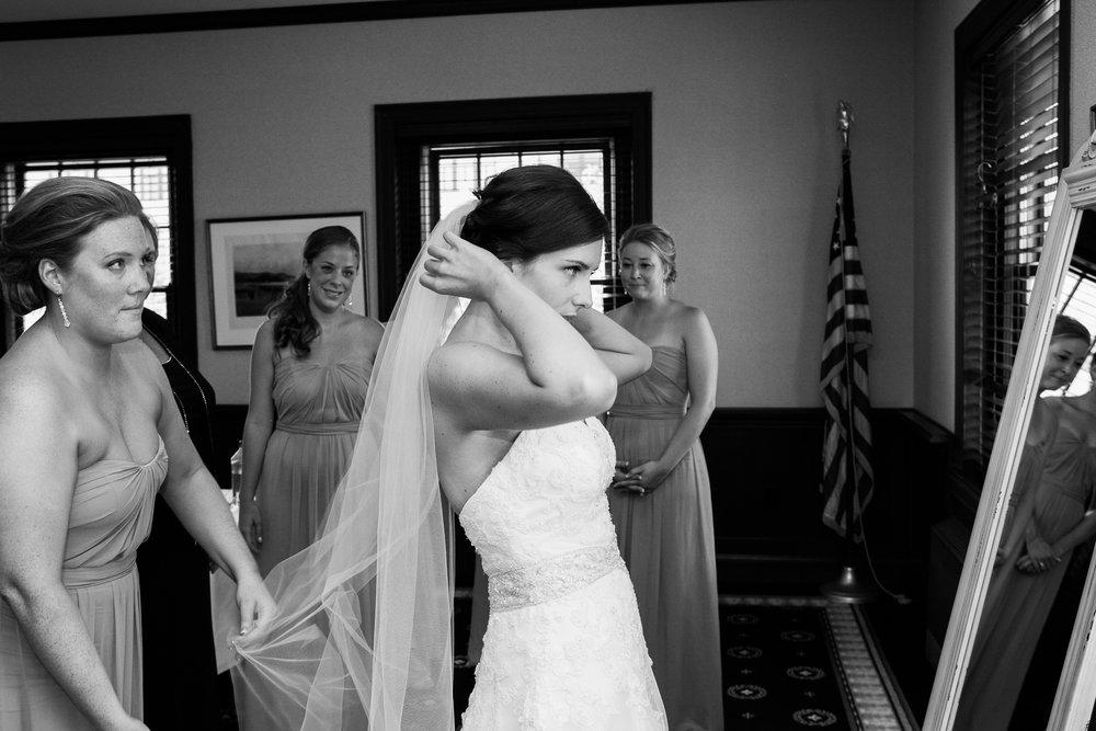 Madison-Club-Wedding-Wisconsin-Wedding-Photography_037.jpg
