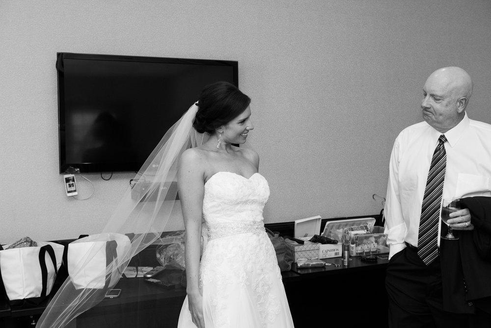 Madison-Club-Wedding-Wisconsin-Wedding-Photography_043.jpg
