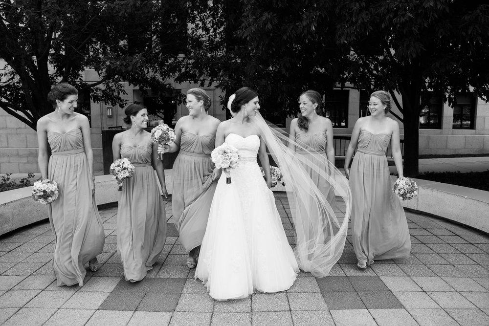 Madison-Club-Wedding-Wisconsin-Wedding-Photography_087.jpg