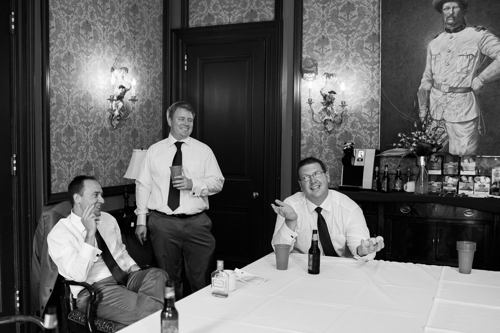 Madison-Club-Wedding-Wisconsin-Wedding-Photography_090.jpg