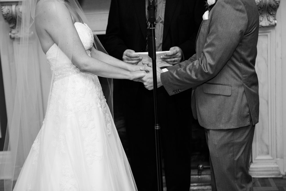 Madison-Club-Wedding-Wisconsin-Wedding-Photography_102.jpg