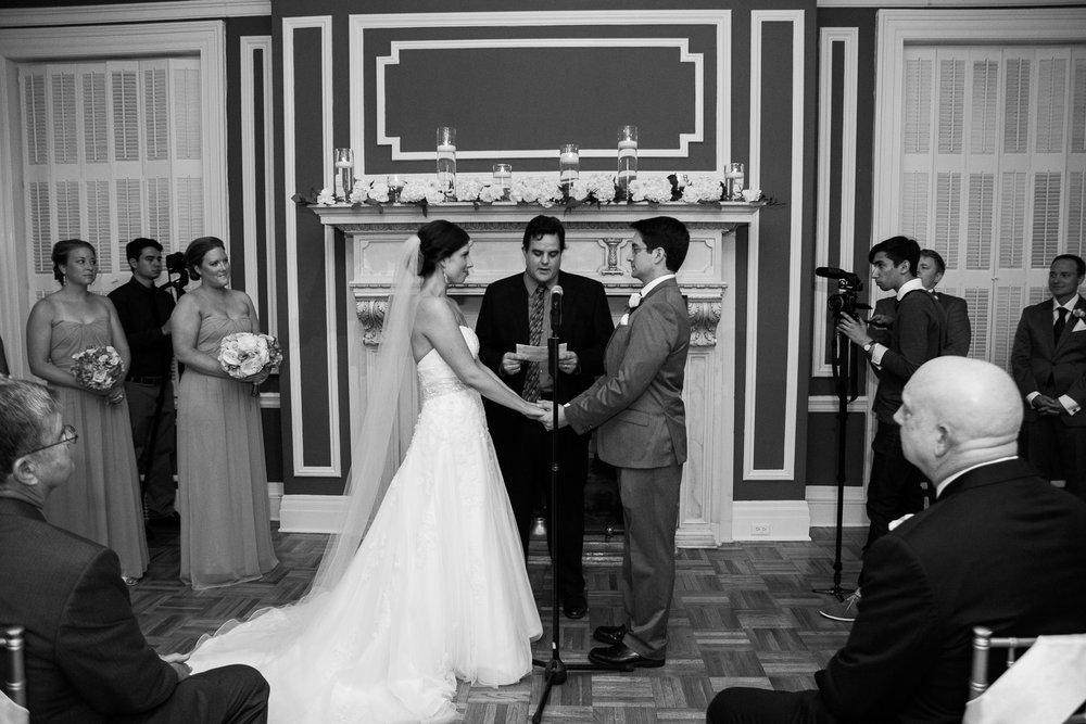 Madison-Club-Wedding-Wisconsin-Wedding-Photography_106.jpg