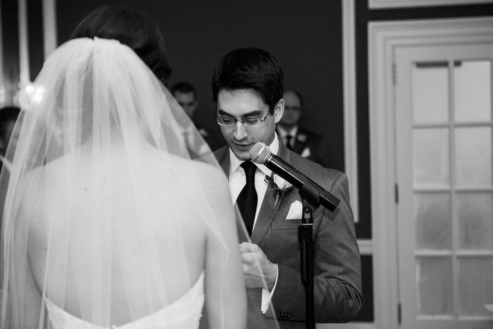 Madison-Club-Wedding-Wisconsin-Wedding-Photography_110.jpg