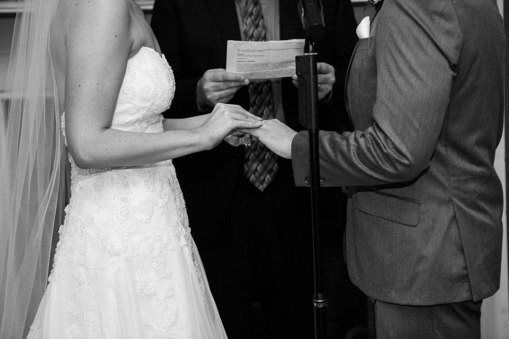 Madison-Club-Wedding-Wisconsin-Wedding-Photography_112.jpg