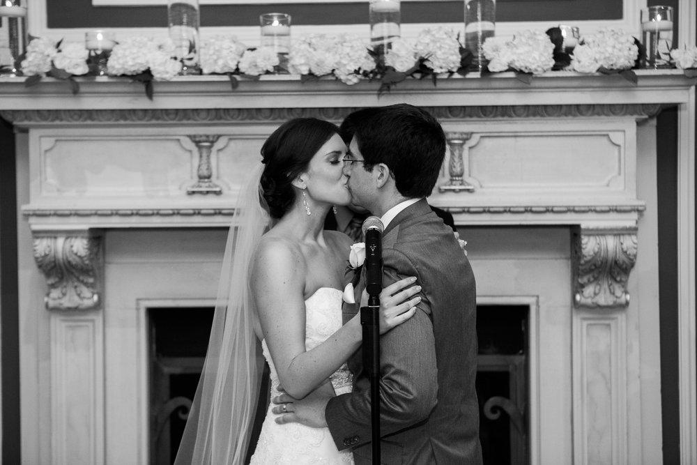 Madison-Club-Wedding-Wisconsin-Wedding-Photography_114.jpg