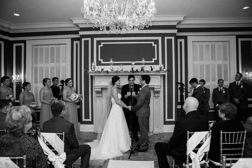 Madison-Club-Wedding-Wisconsin-Wedding-Photography_113.jpg