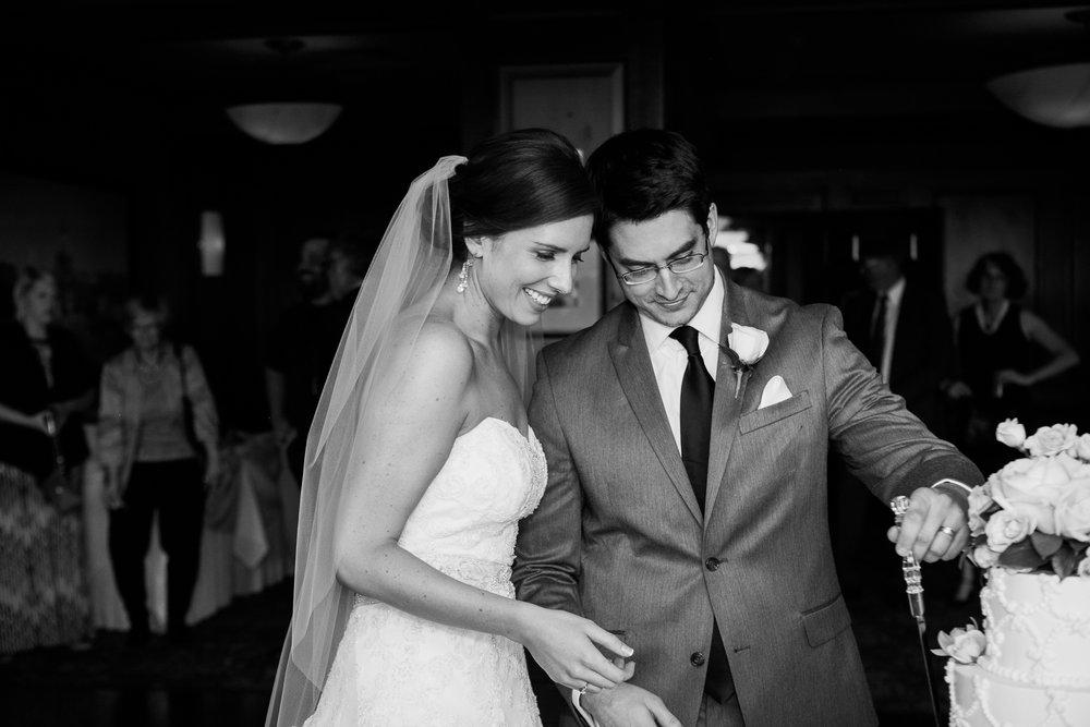 Madison-Club-Wedding-Wisconsin-Wedding-Photography_159.jpg