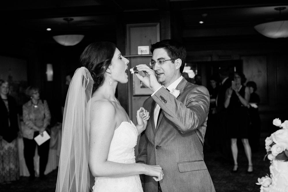 Madison-Club-Wedding-Wisconsin-Wedding-Photography_161.jpg