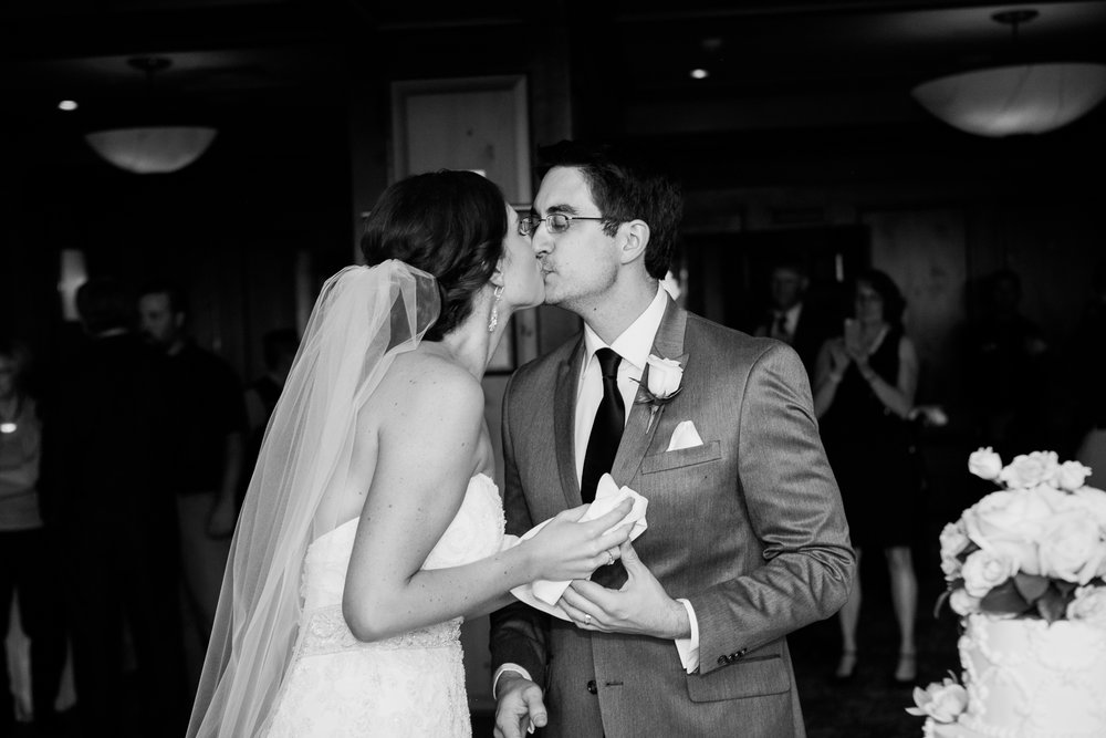 Madison-Club-Wedding-Wisconsin-Wedding-Photography_163.jpg