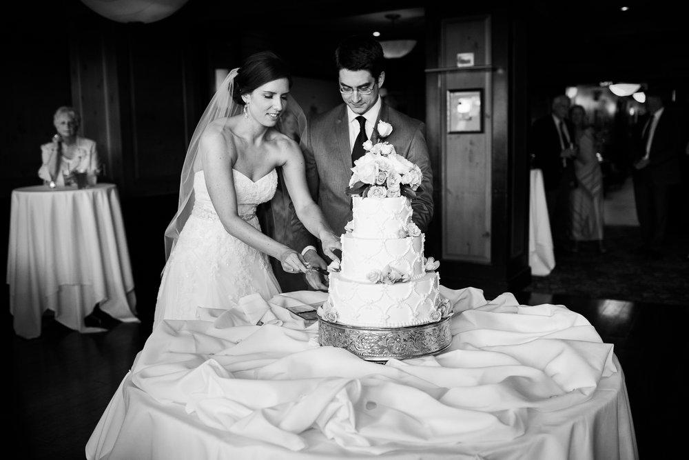 Madison-Club-Wedding-Wisconsin-Wedding-Photography_164.jpg