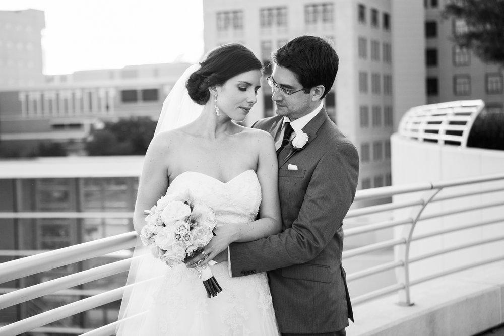 Madison-Club-Wedding-Wisconsin-Wedding-Photography_175.jpg