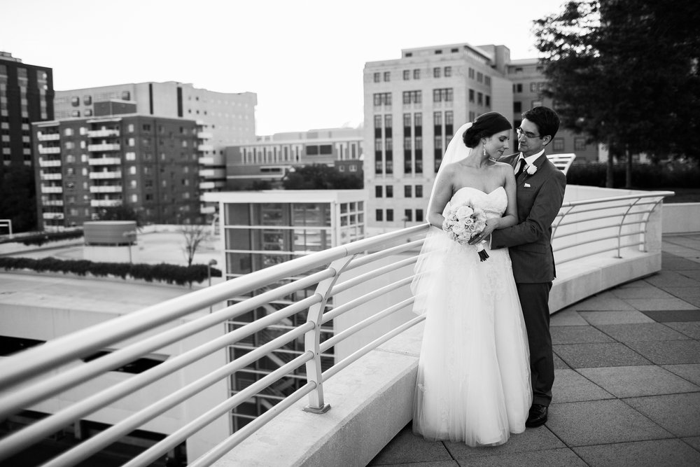 Madison-Club-Wedding-Wisconsin-Wedding-Photography_176.jpg
