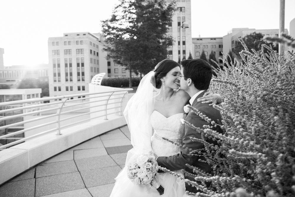 Madison-Club-Wedding-Wisconsin-Wedding-Photography_177.jpg
