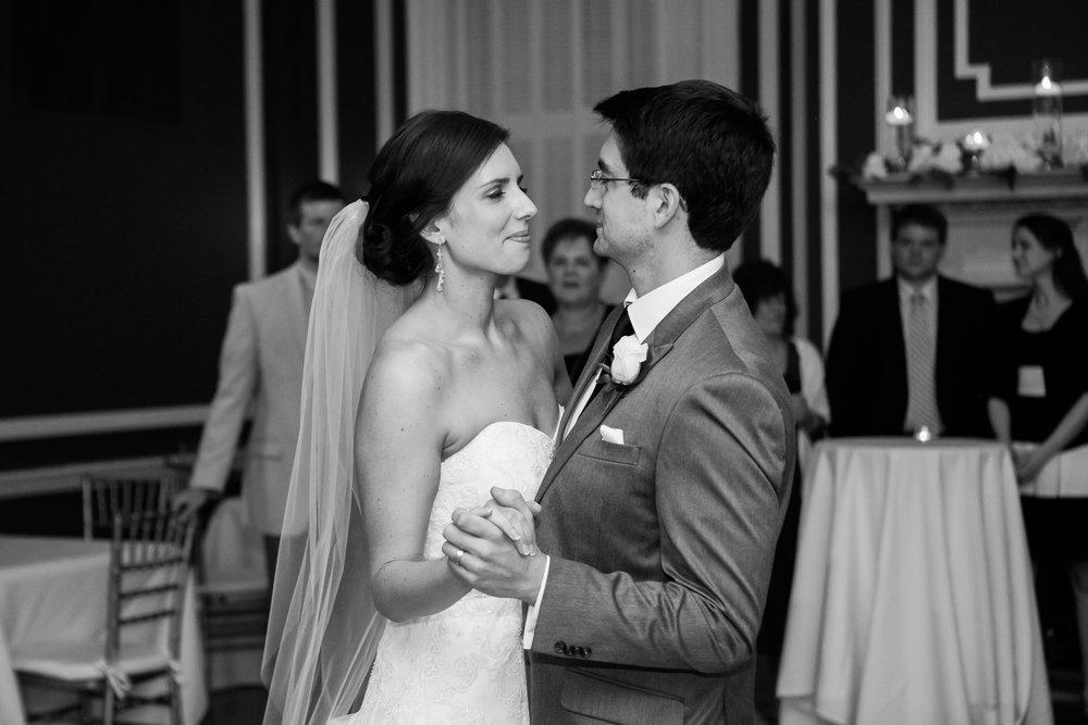 Madison-Club-Wedding-Wisconsin-Wedding-Photography_182.jpg