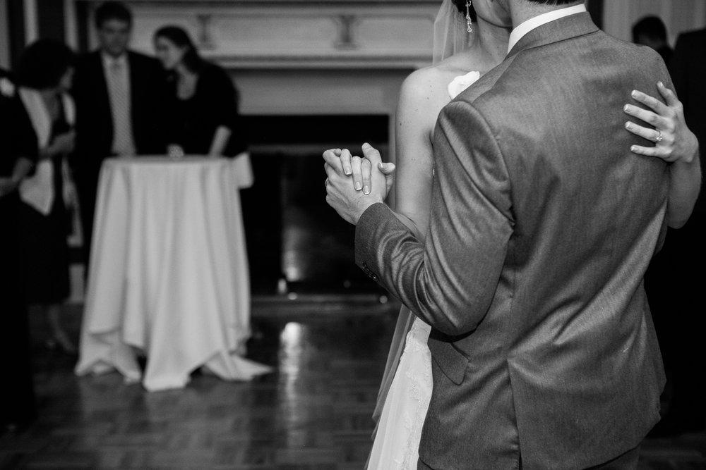 Madison-Club-Wedding-Wisconsin-Wedding-Photography_184.jpg