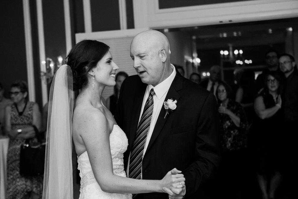 Madison-Club-Wedding-Wisconsin-Wedding-Photography_187.jpg