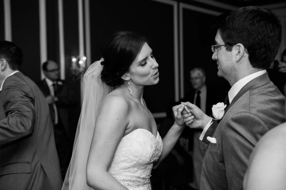 Madison-Club-Wedding-Wisconsin-Wedding-Photography_189.jpg