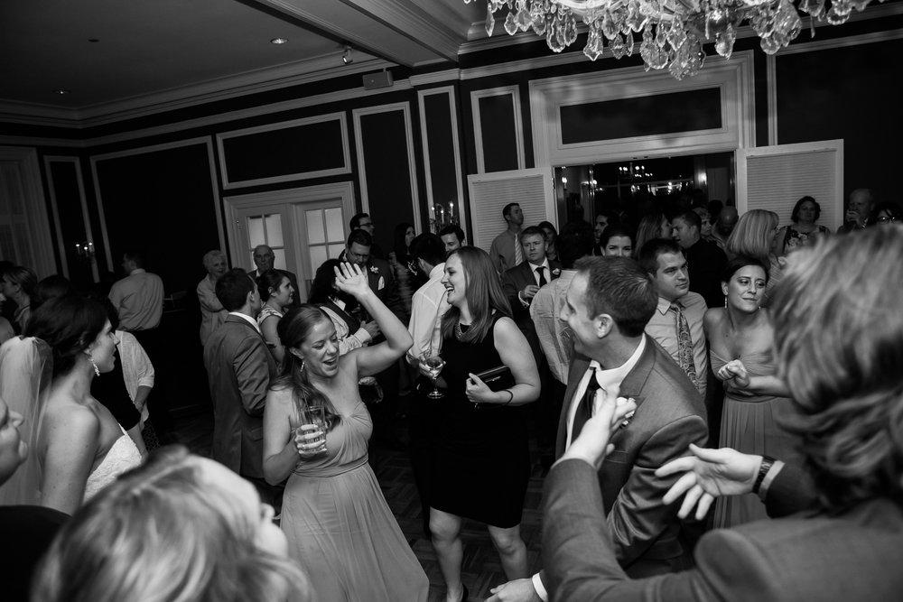 Madison-Club-Wedding-Wisconsin-Wedding-Photography_192.jpg