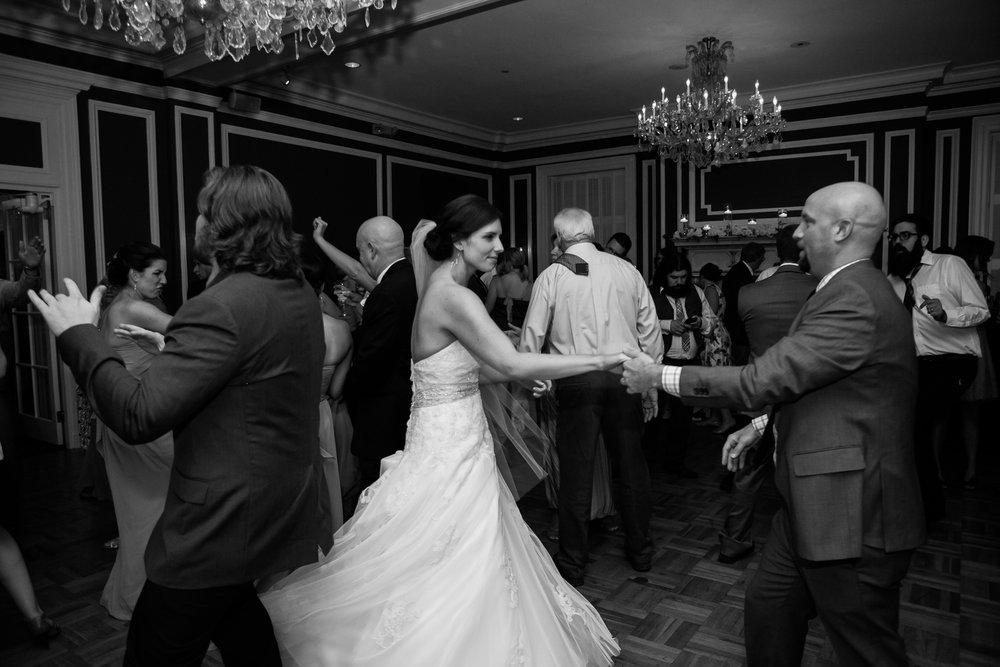 Madison-Club-Wedding-Wisconsin-Wedding-Photography_196.jpg